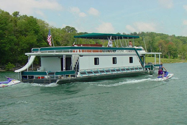 Norris Lake Houseboat Rental and Vacation Information aboard the