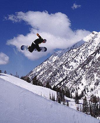 http://www.go-utah.com/UT/images/photos/saltlake-dangorder-snowboarding-snowbird-01.jpg