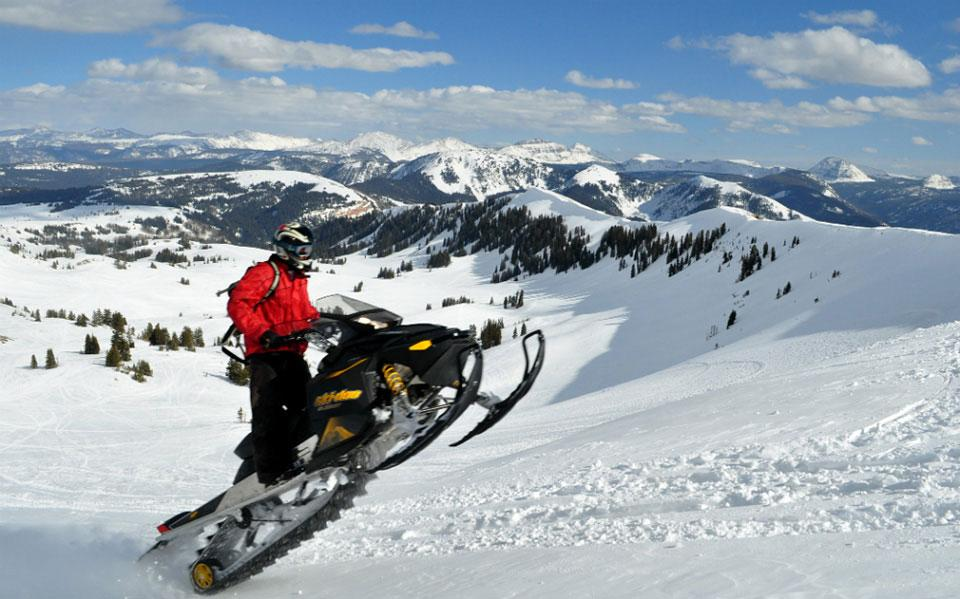 Thousand Peaks Snowmobiling