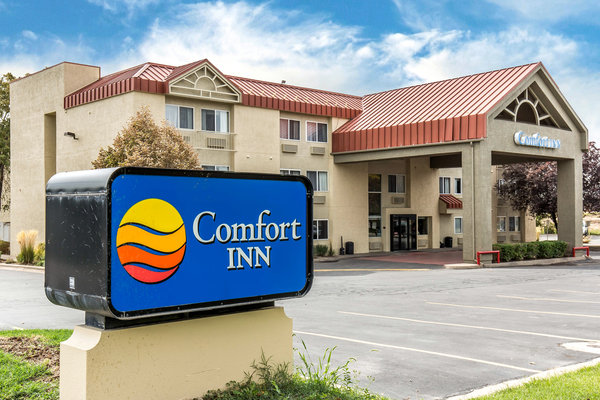 book hotel today your comfort in logan comforter hotels stay inn utah ut