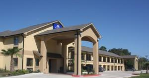 Americas Best Value Inn & Suites - Lake Charles - I-210 Exit 11
