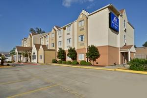 Americas Best Value Inn & Suites - Lake Charles - I-210 Exit 5